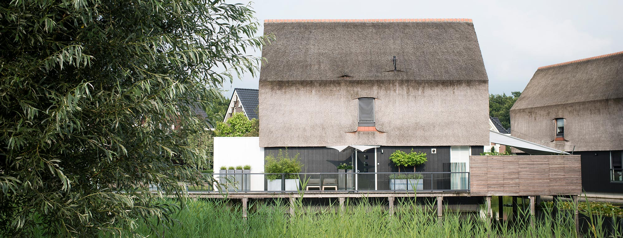 Publicaties over BUITENGEWOON – 	Woonstijl | Home and Garden | Tuinontwerp | Landleven | Tuin en Landschap | Talkies Magazine | Chic Gardens
